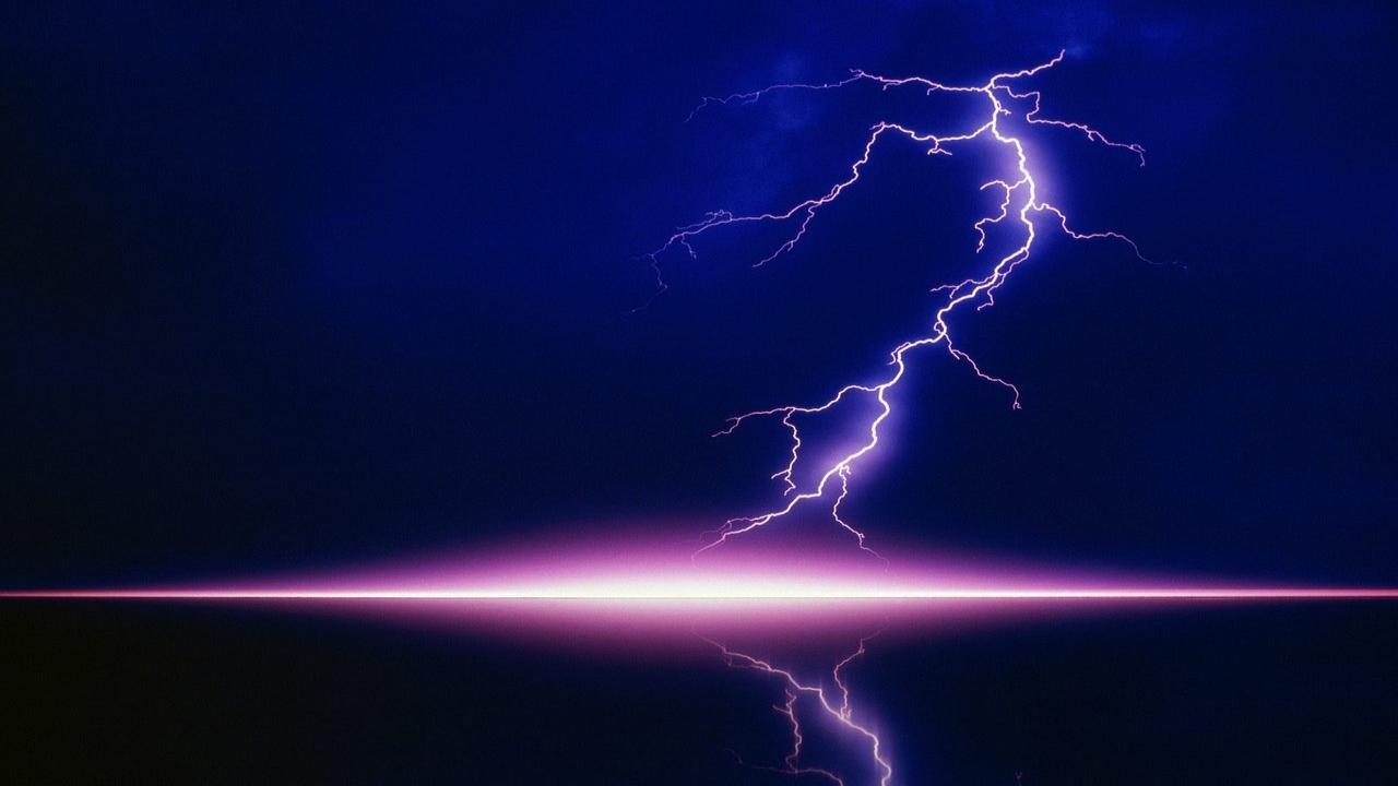 38 high definition lightning wallpaper on wallpapersafari - Wallpaper definition ...