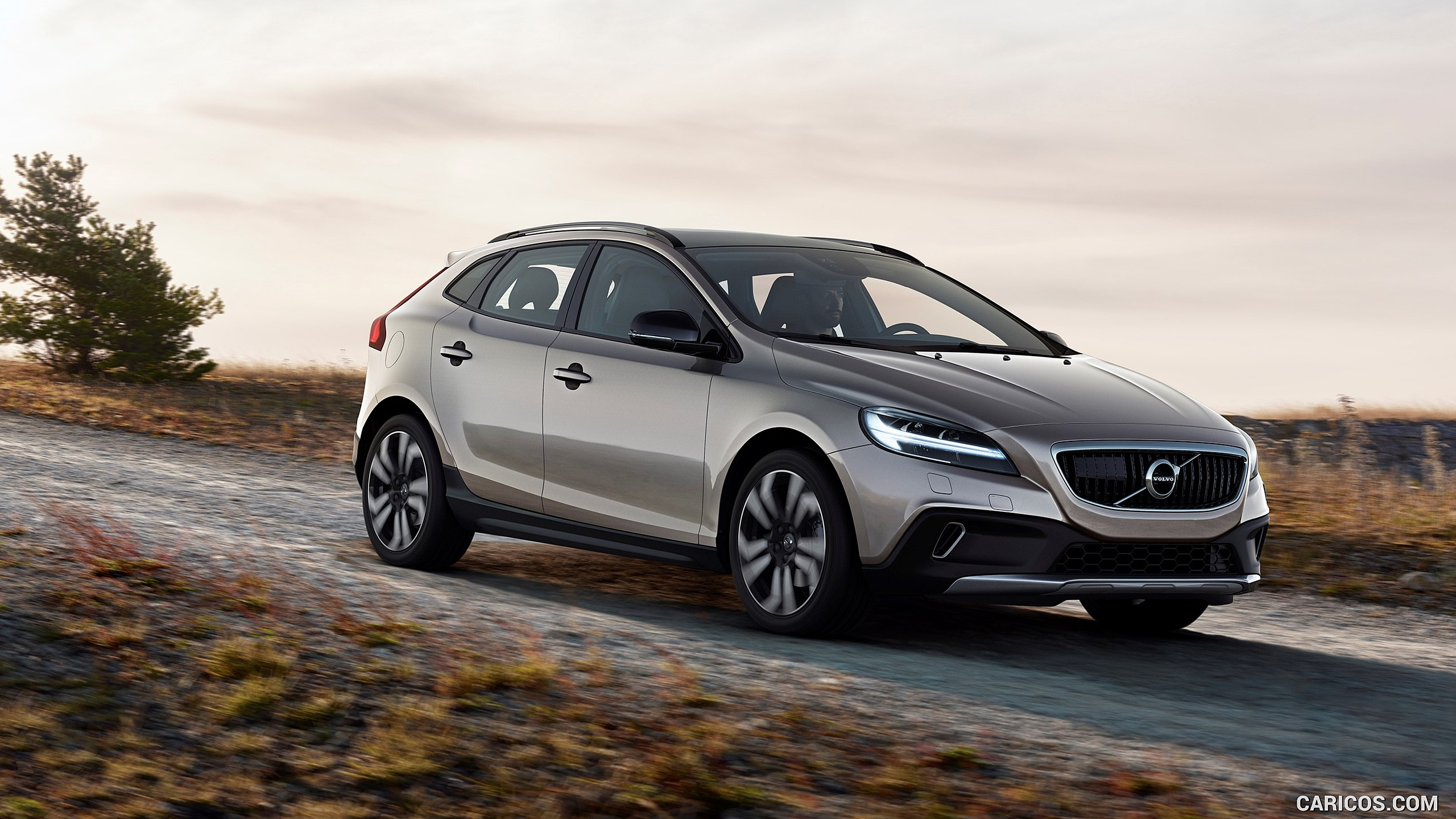 2017 Volvo V40 T5 AWD Cross Country   Front HD Wallpaper 1 2560x1440