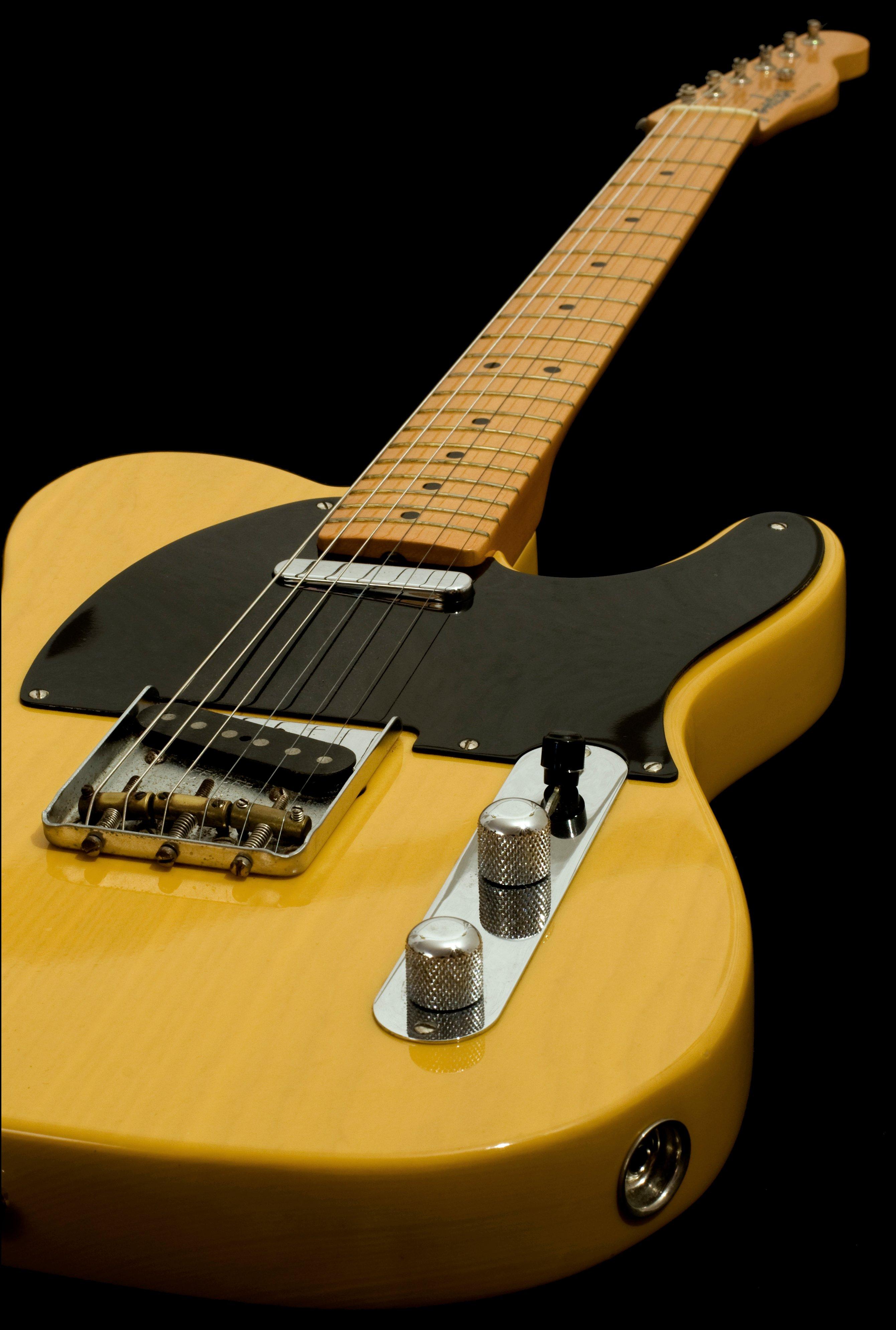 52 Fender Telecaster guitar fender telecaster ash tele blonde leo 2681x3978
