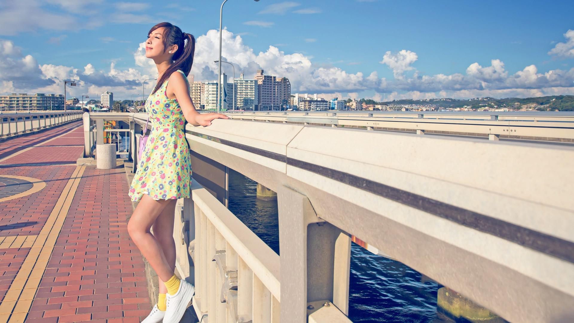 Free Download City Summer Sun Girl Dress Lovely Beautiful