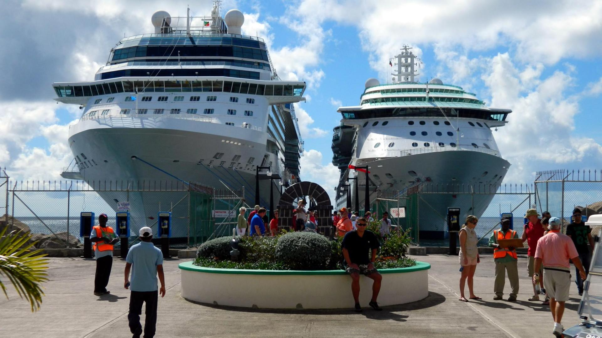 Cruise ships at basseterre st kitts nevis   133938   High Quality 1920x1080