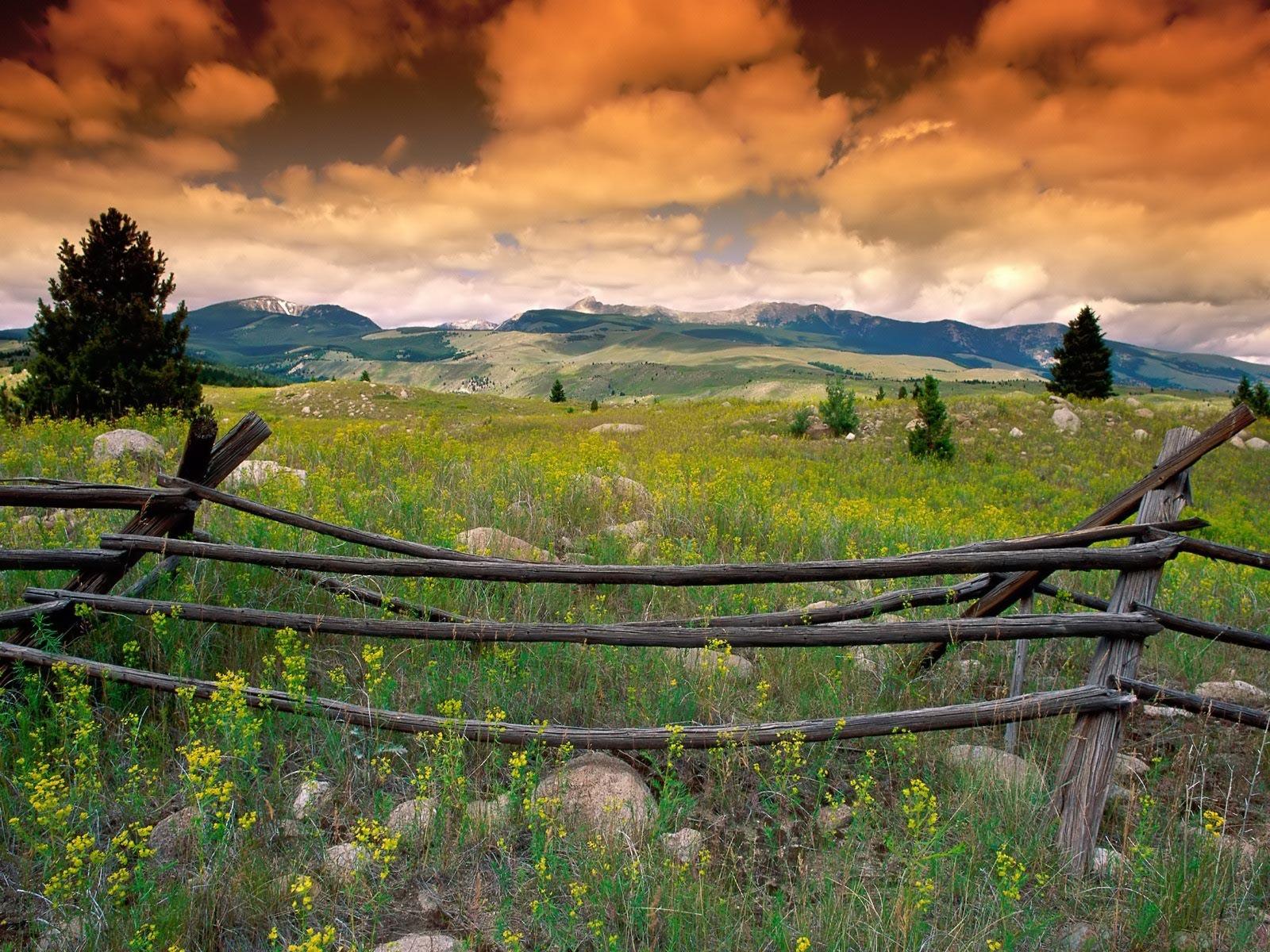 Amazing Montana Mountain Landscape 1600 x 1200 438 kB jpeg 1600x1200
