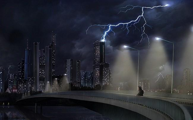 Lightning Over a Dark City Wallpaper 650x406