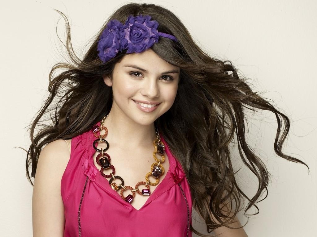 Selena Wallpaper   Selena Gomez Wallpaper 18601002 1024x768
