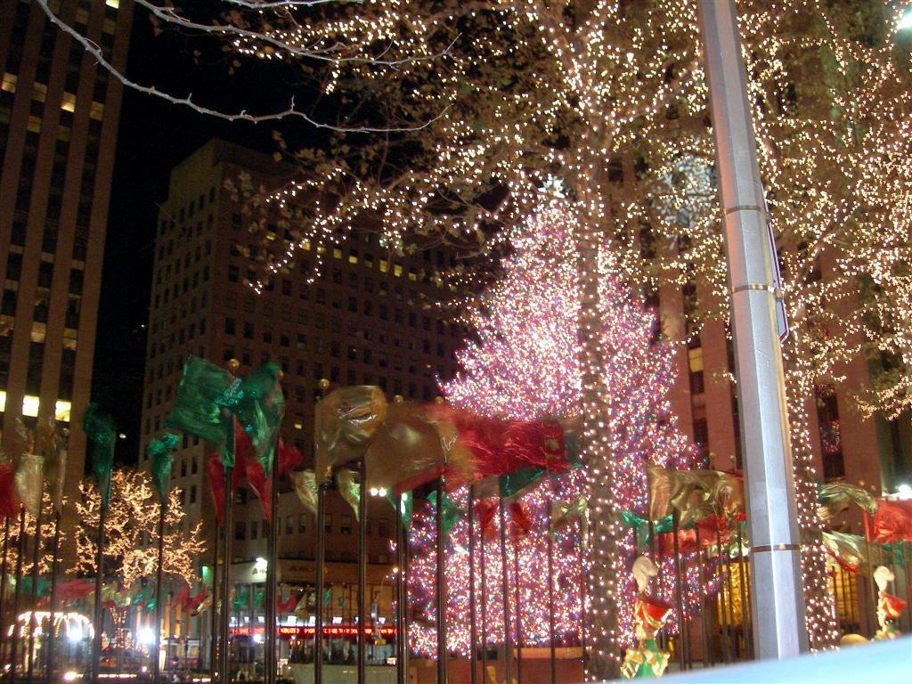 New York City Christmas 3 Hd Wallpaper   Hivewallpapercom 1024x768