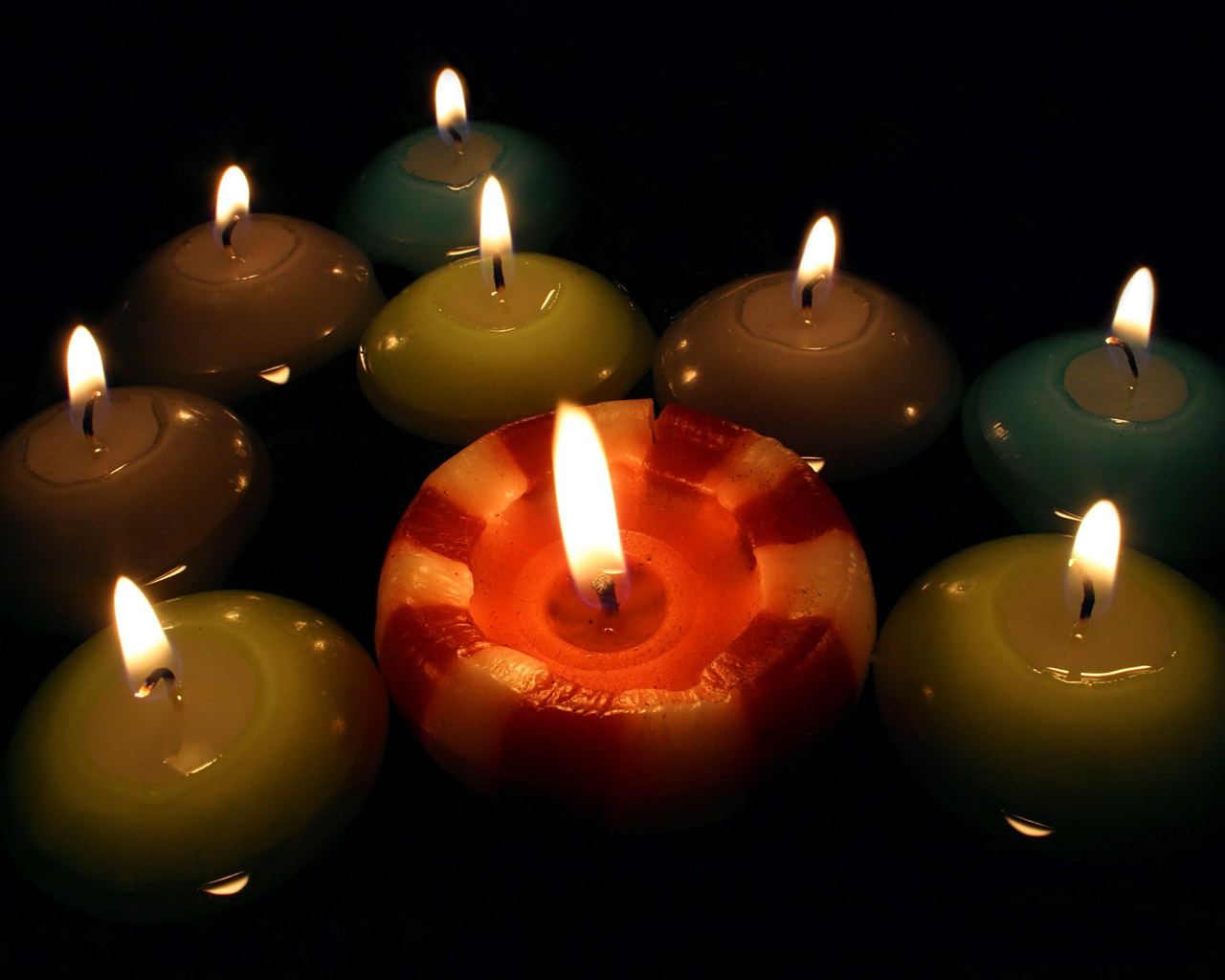 Round candles wallpaper   Candles Wallpaper 4091689 1280x1024