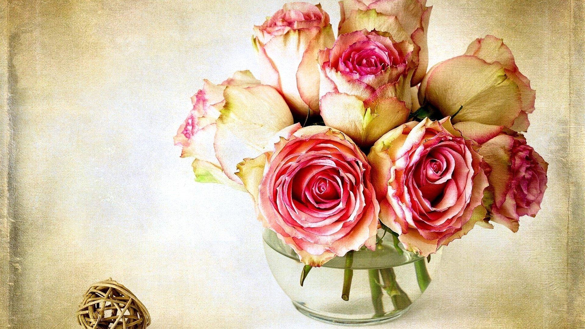 The Vase Wallpaper
