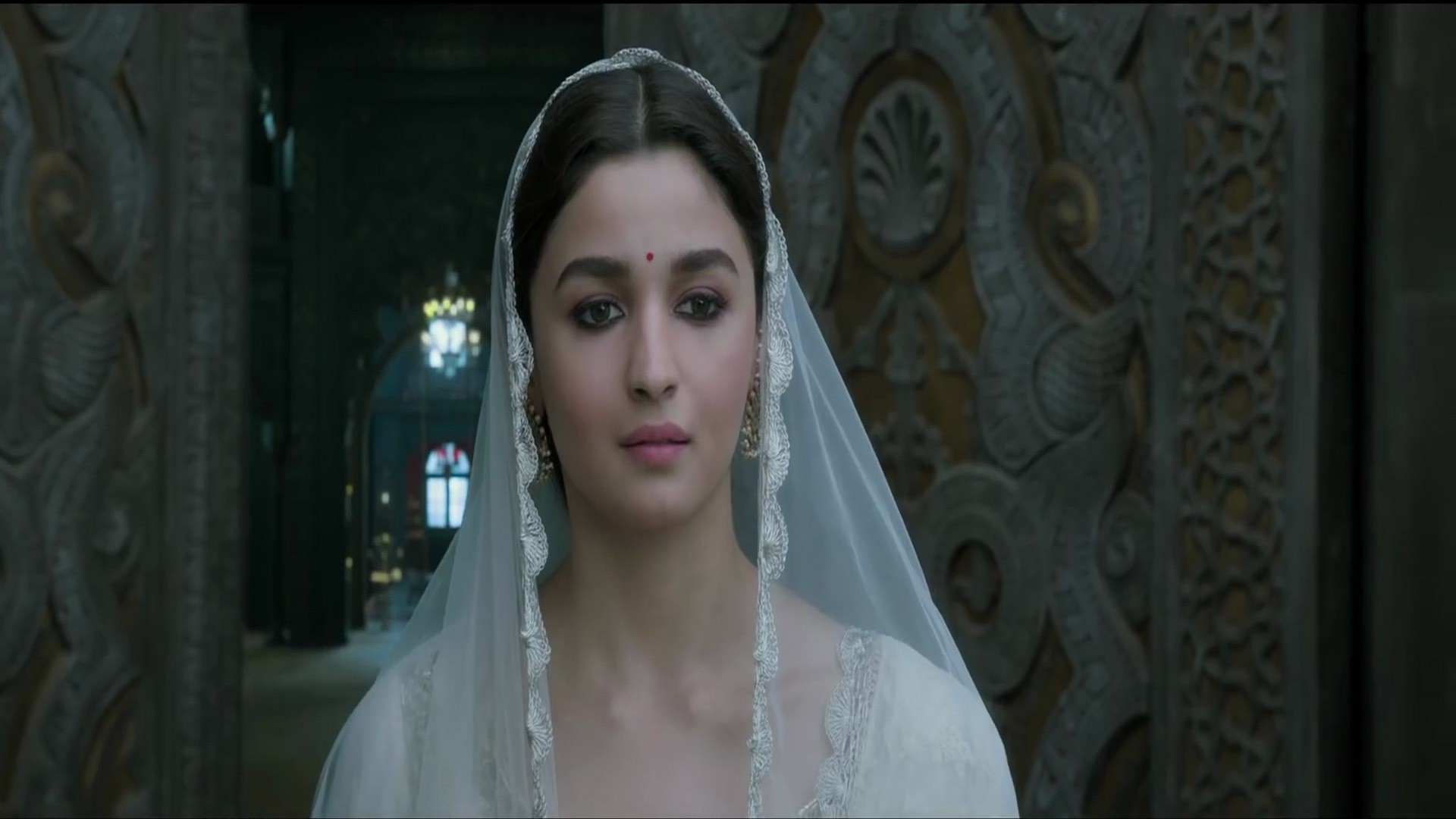 Alia Bhatt in 2019 Movie Kalank HD Wallpapers 1920x1080