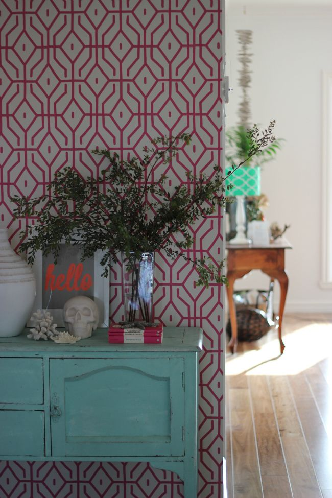 Pink Trellis Wallpaper  can I get this in a brown or gold That would 650x975