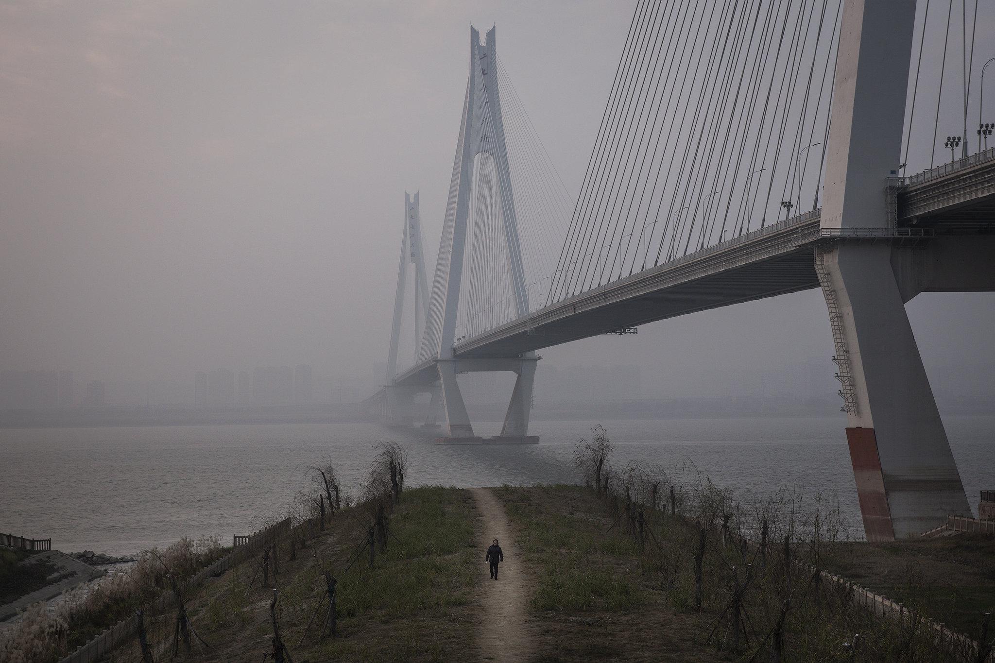 China Tightens Wuhan Lockdown in Wartime Battle With Coronavirus 2048x1365