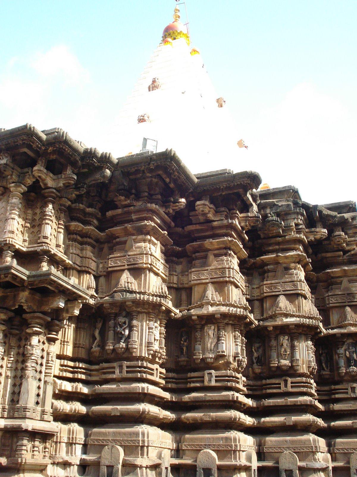 Mahalaxmi Temple Kolhapur 1200x1600