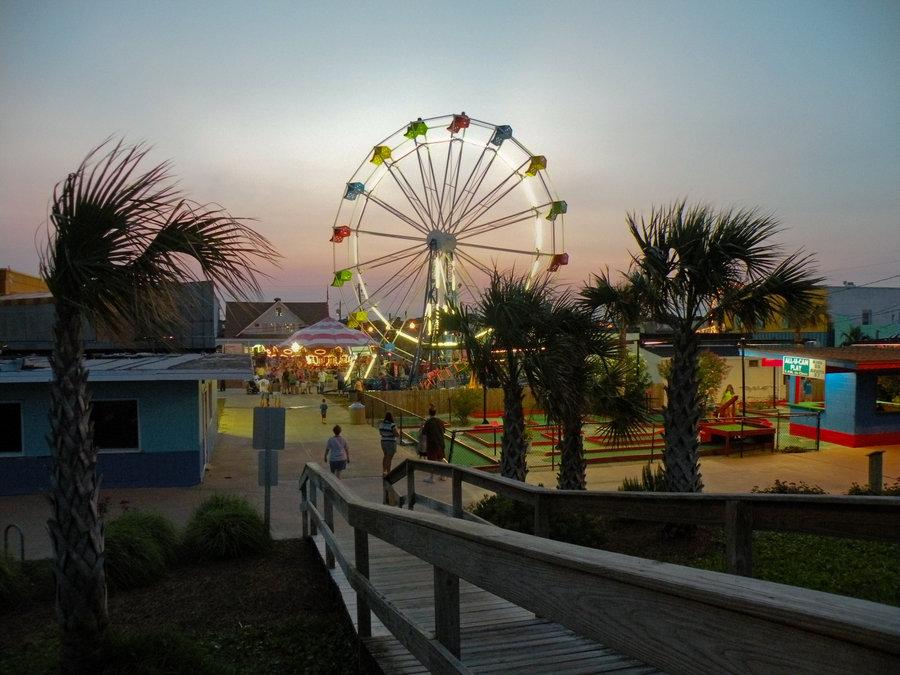 Carolina Beach Boardwalk by littlereview on deviantART 900x675