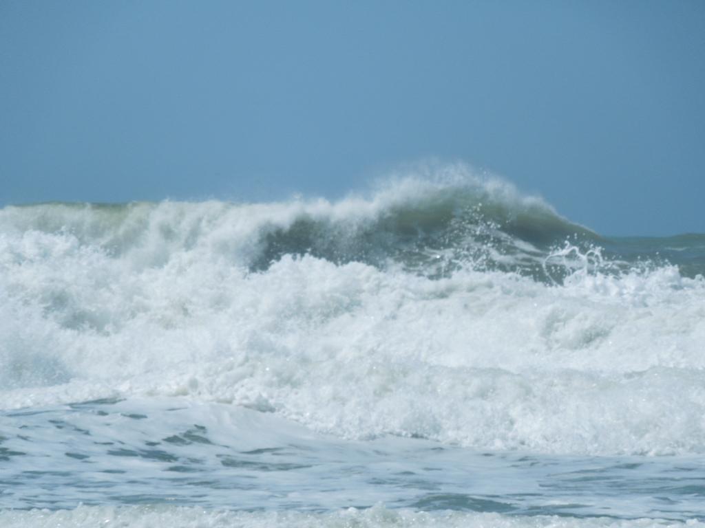 Ocean Waves Wallpaper Border Ocean Waves Wallpaper Border 1024x768