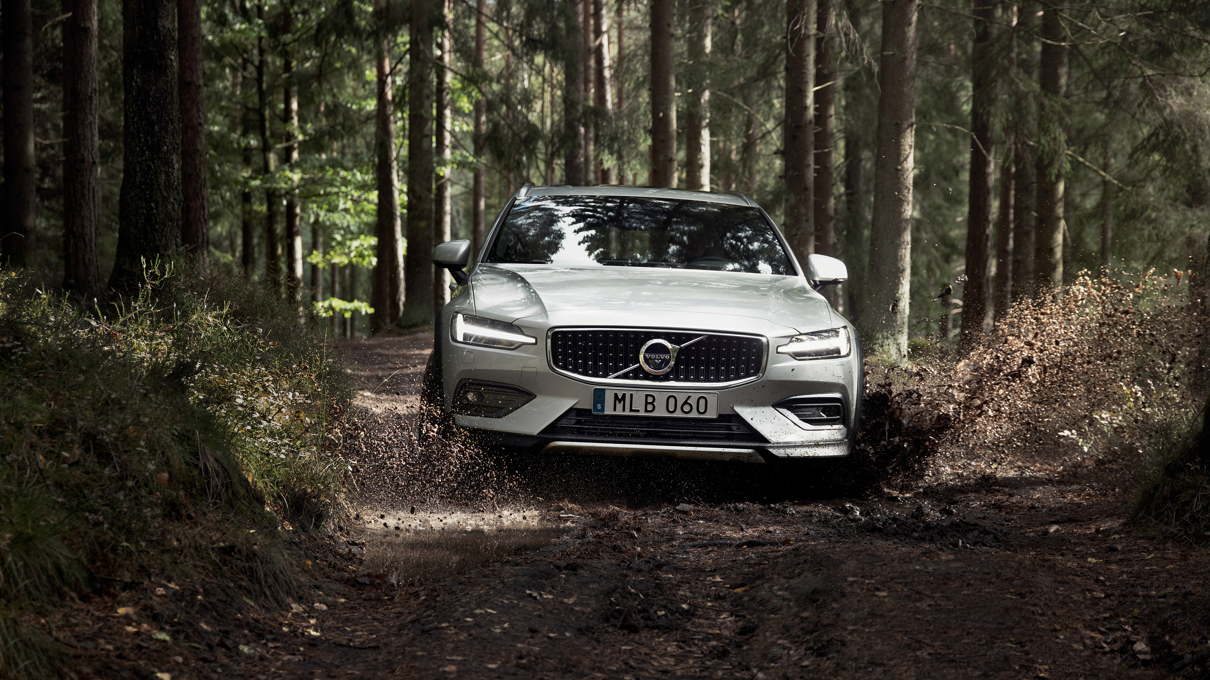 Volvo V60 T5 Cross Country 4K 2 Wallpaper HD Car Wallpapers ID 4096x2304