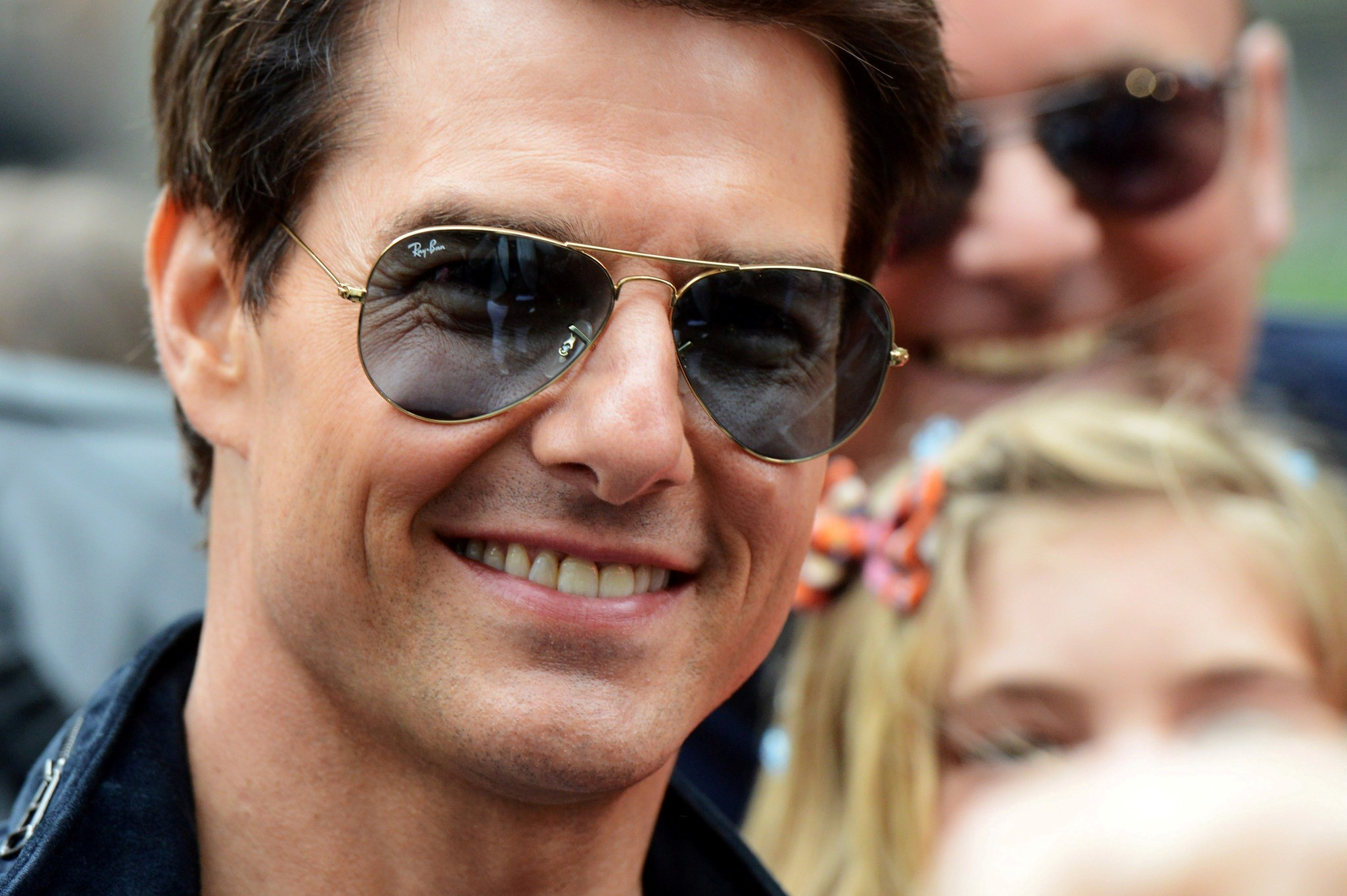 Smiling Face of Tom Cruise Hollywood Actor HD Wallpapers 2048x1363