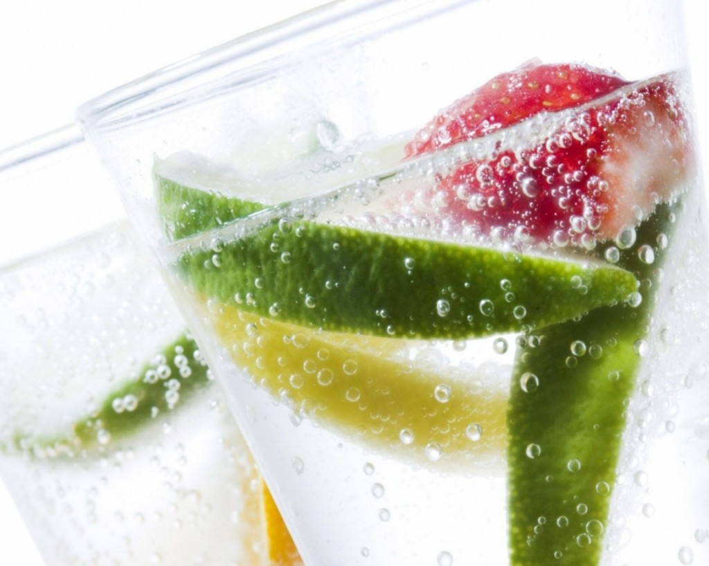 Fruits In A Soda Glass HD Wallpaper Fruits Wallpapers 1024x818