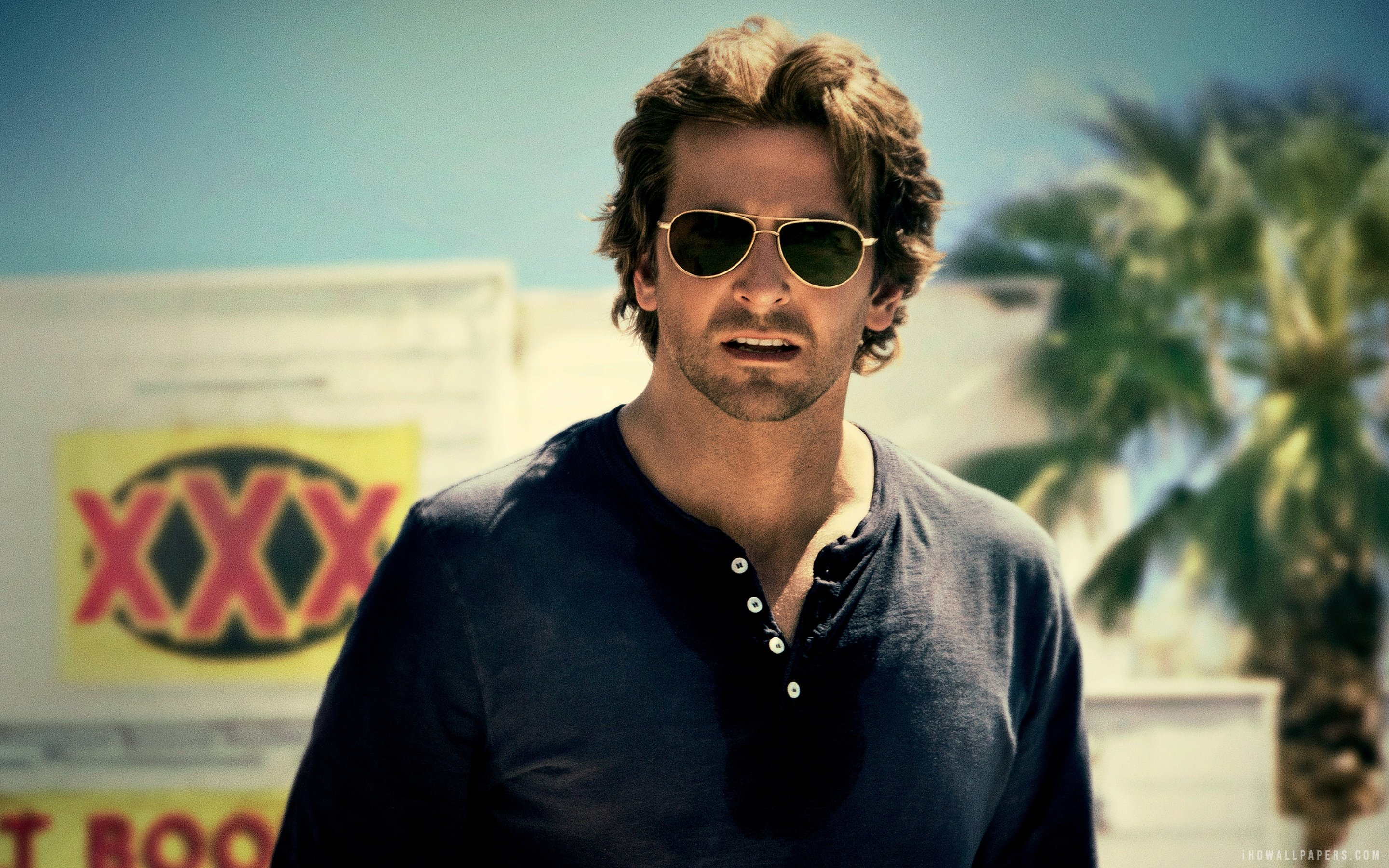 Bradley Cooper Cool Pictures 2880x1800