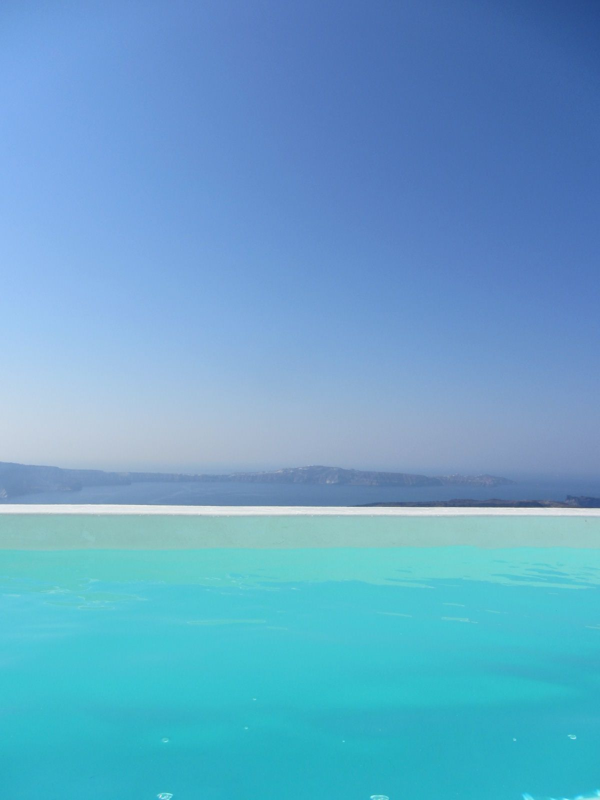 infinity pool santorini Places I Want to Go Infinity edge 1200x1600