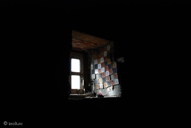Tibetan Buddhist Wallpapers Inside a Tibetan Buddhist Library 800x535