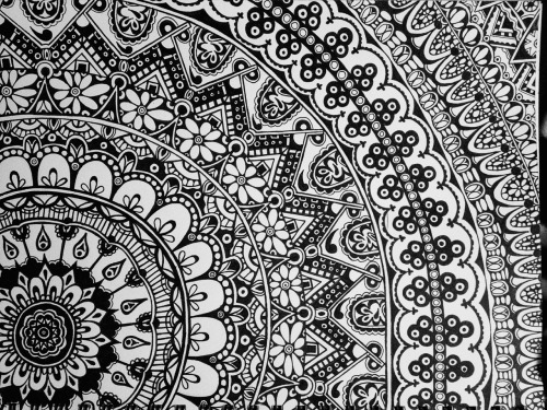 Mandala Wallpaper Black and White - WallpaperSafari