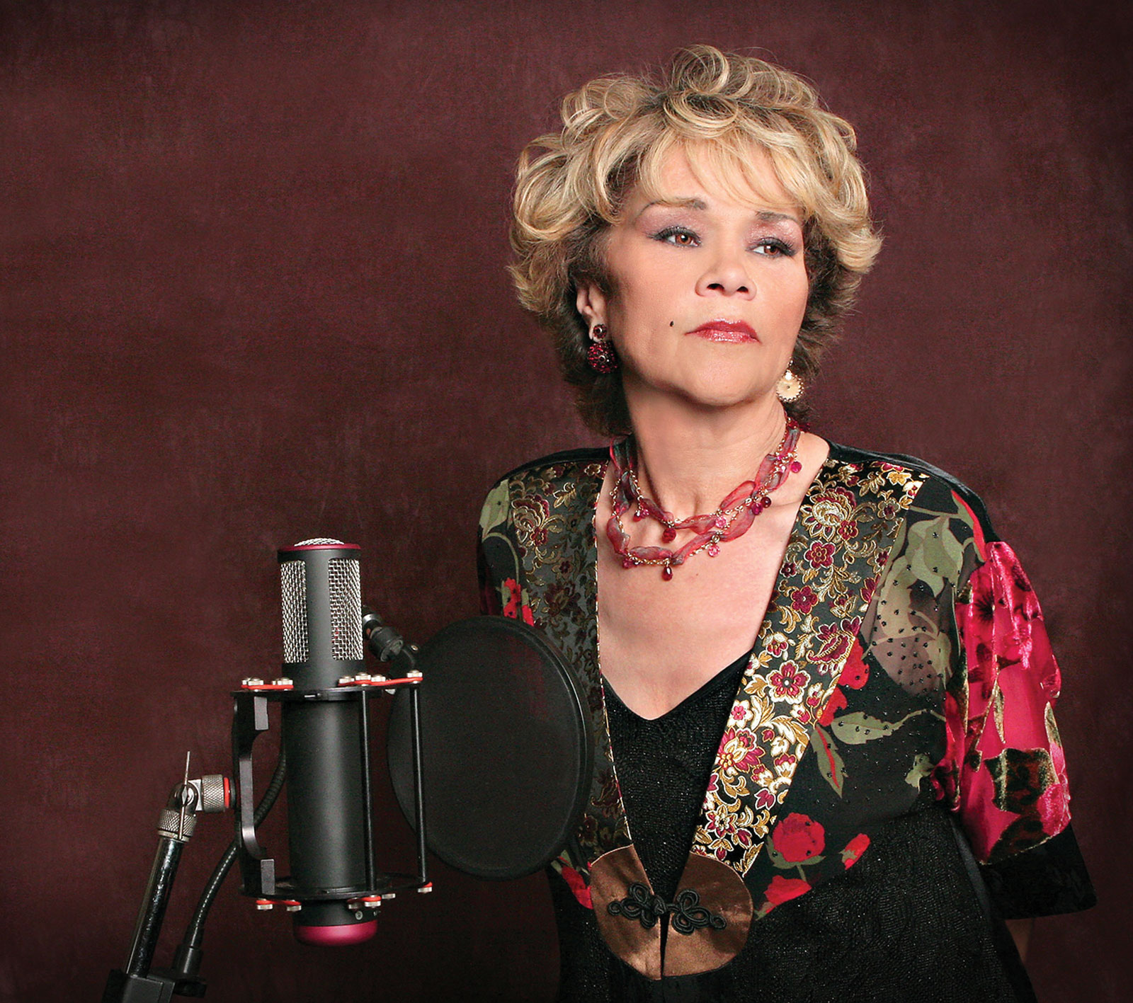 Etta James Wikipedia the encyclopedia Pics   HD Wallpaper 1600x1417