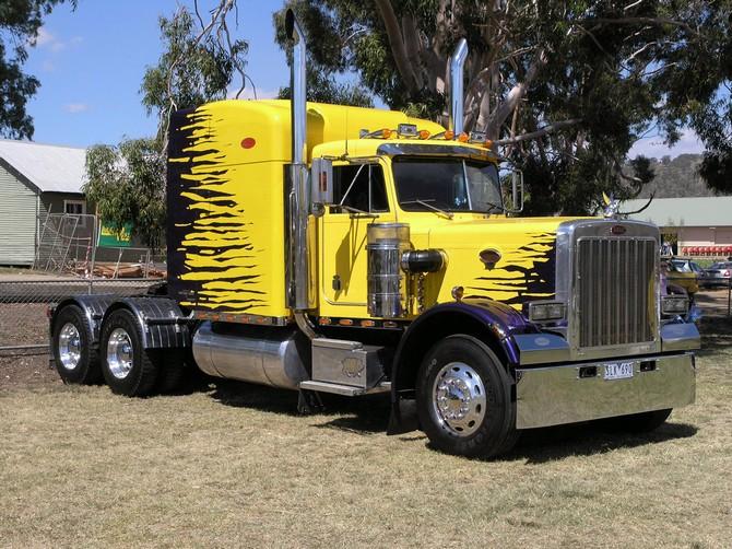 Pin Custom 379 Peterbilt Show Trucks 670x502