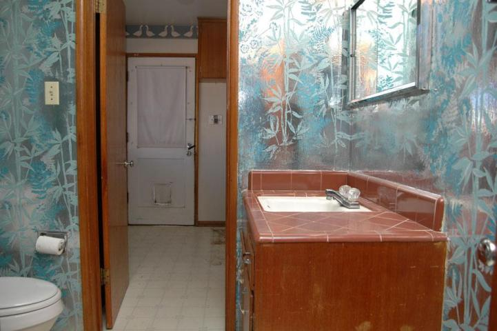 metallic wallpaper for bathroom 2015   Grasscloth Wallpaper 721x480