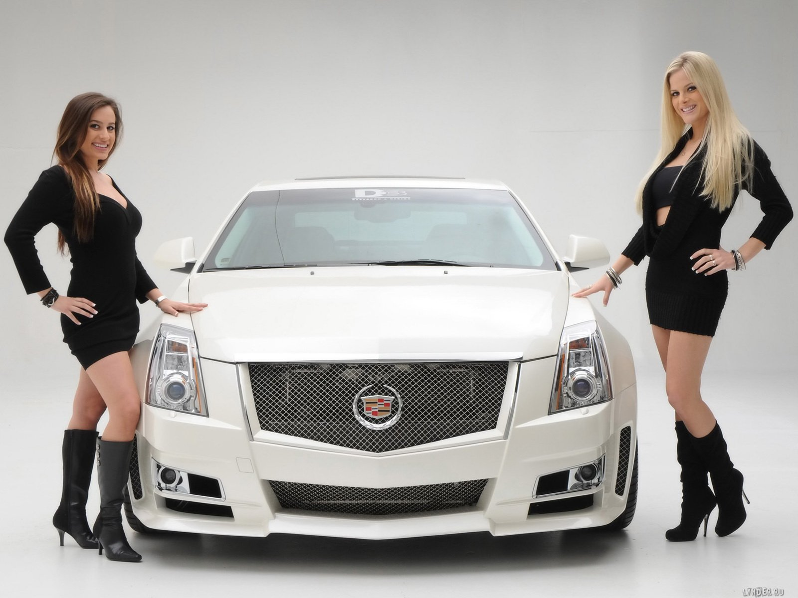 girls and cars Wallpapers For PC 1600x1200