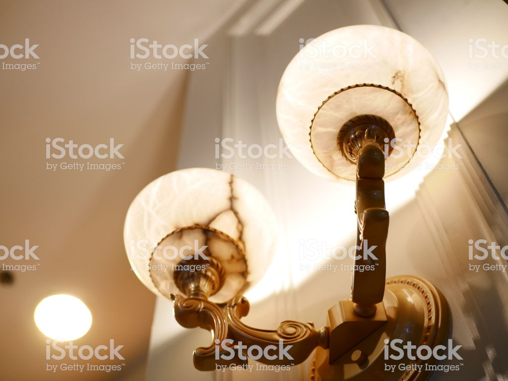 Lighting Fixture Patterened Wallpaper Stock Photo More Pictures 1024x769