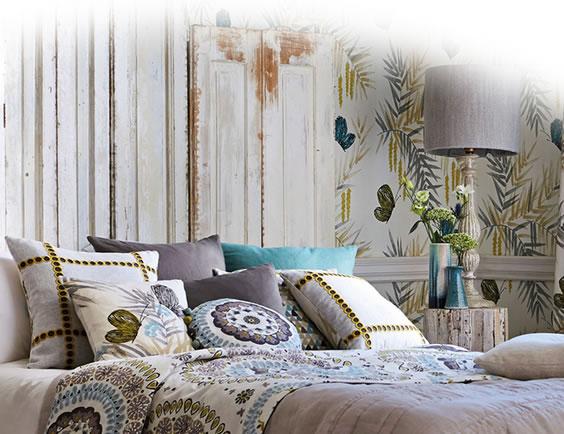 Harlequin Wallpaper Books 564x434