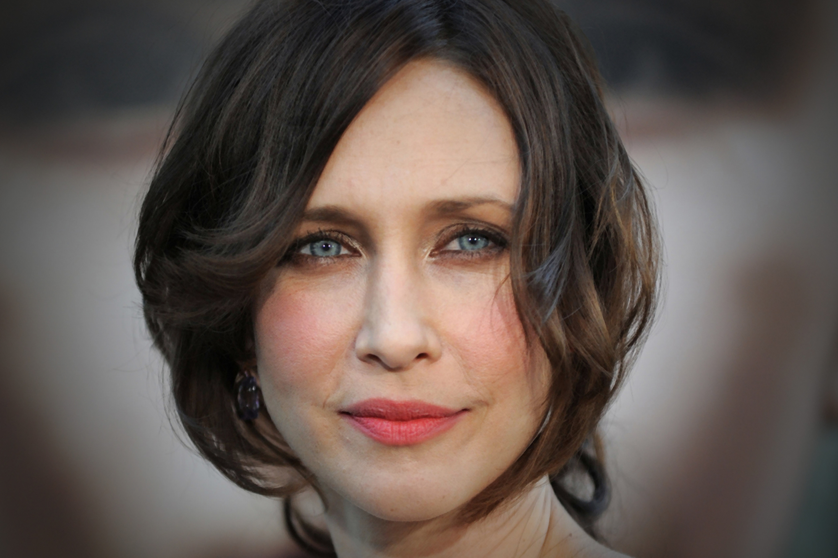 Vera Farmiga Wallpapers Images Photos Pictures Backgrounds 2880x1920