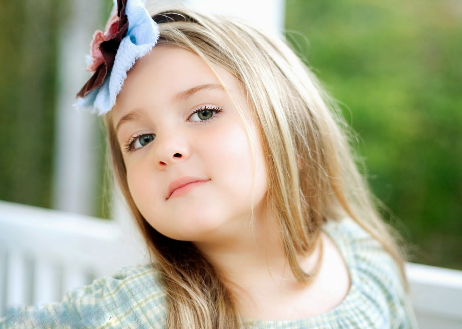 Cute Baby Girls Wallpapers HD Pictures One HD Wallpaper 1600x1139