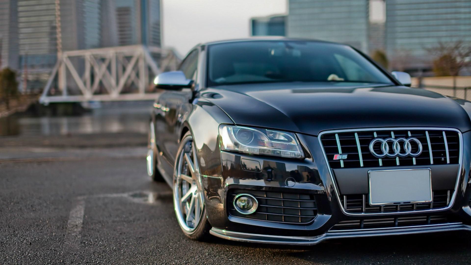 Audi S5 здание освещение  № 2217096 без смс