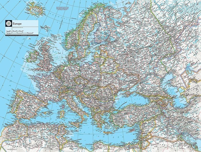 Map of Europe Wallpaper Wall Mural   Self Adhesive   Multiple Sizes 640x484