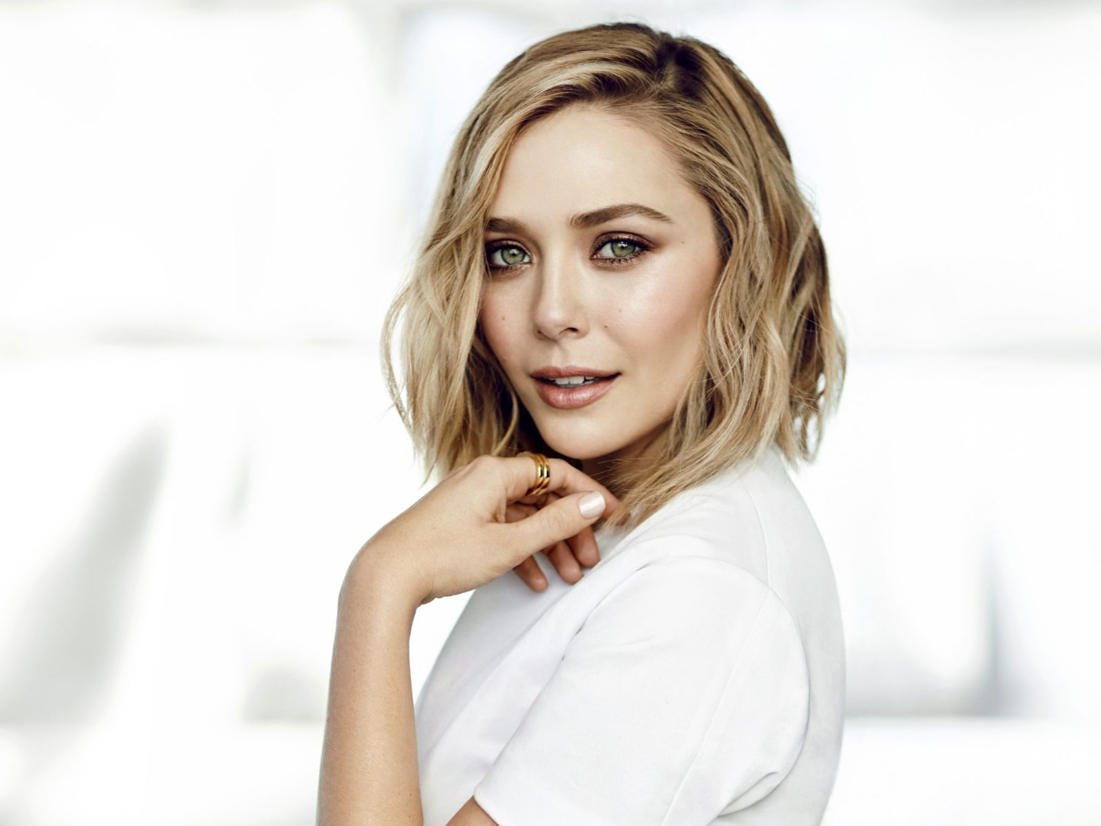 Elizabeth Olsen 2017   HD Wallpapers 1600x1200