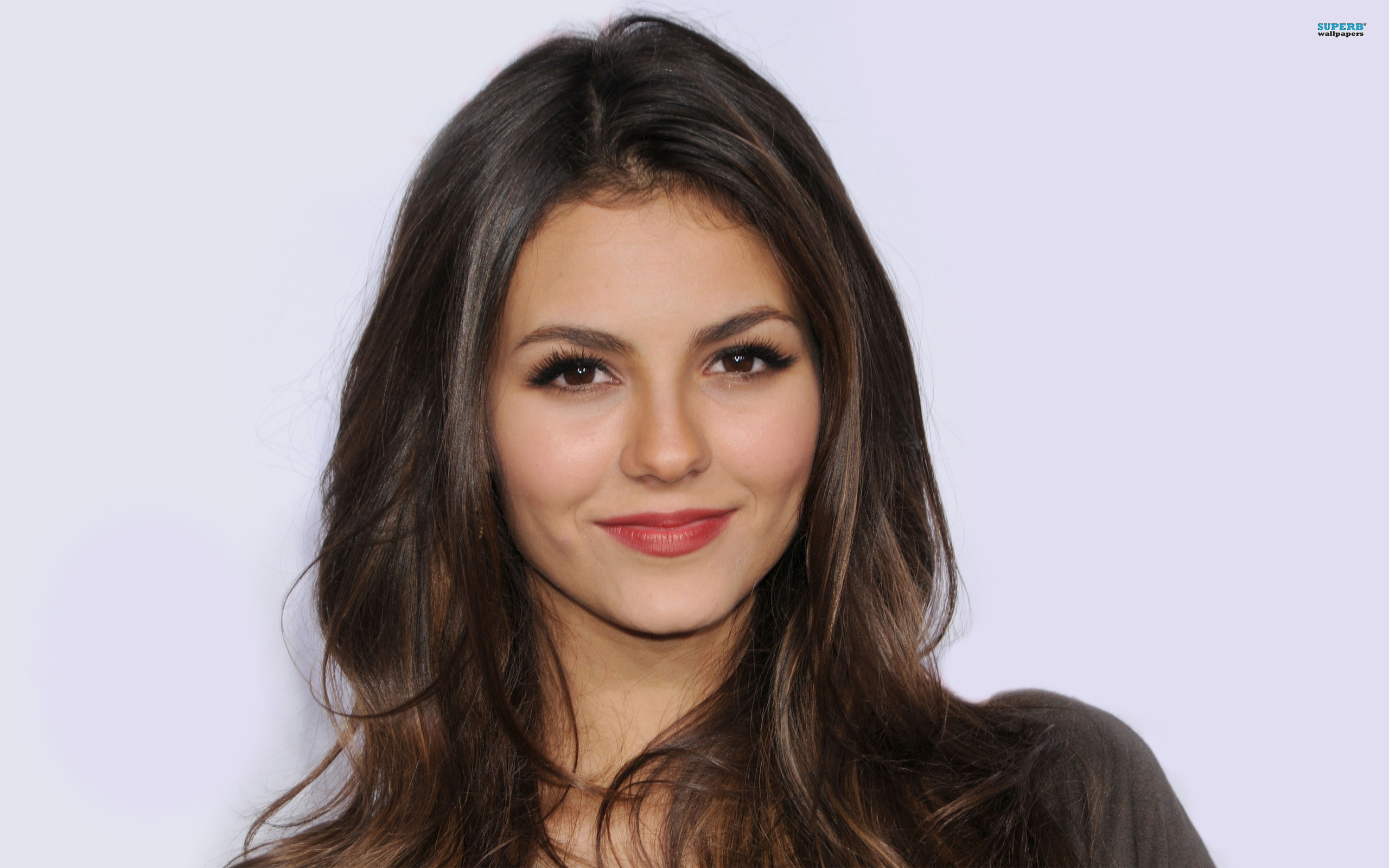 Victoria Justice Wallpaper HD Pictures 2013 2560x1600 pixel Popular 2560x1600