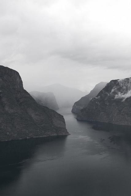 oh misty eye of the mountain   image 1838716 by patrisha on Favim 427x640