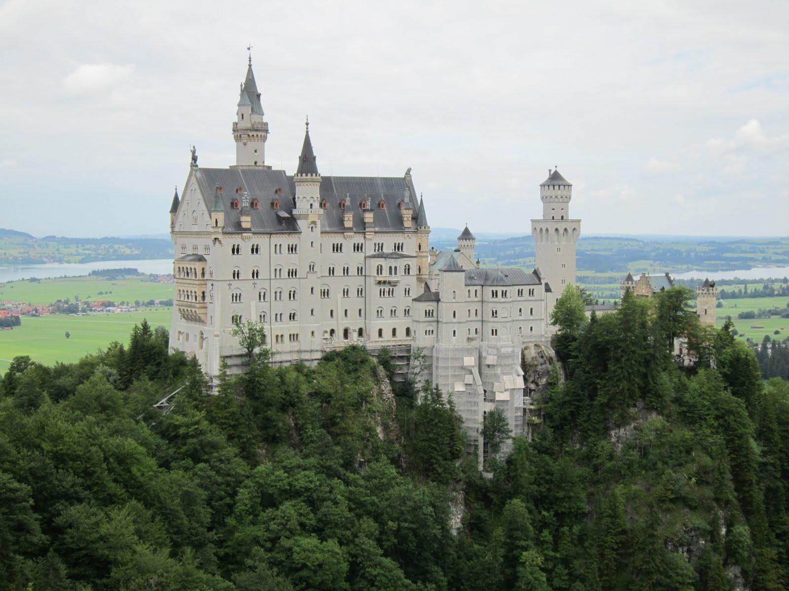 Castles Germany Bavaria Neuschwanstein Castle 2560x1600 Wallpaper 1600x1200