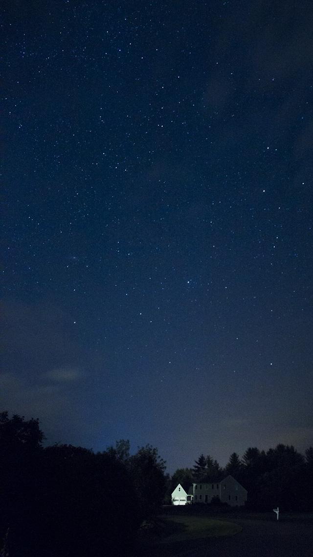 Lovely stars at night Wallpaper 640x1136