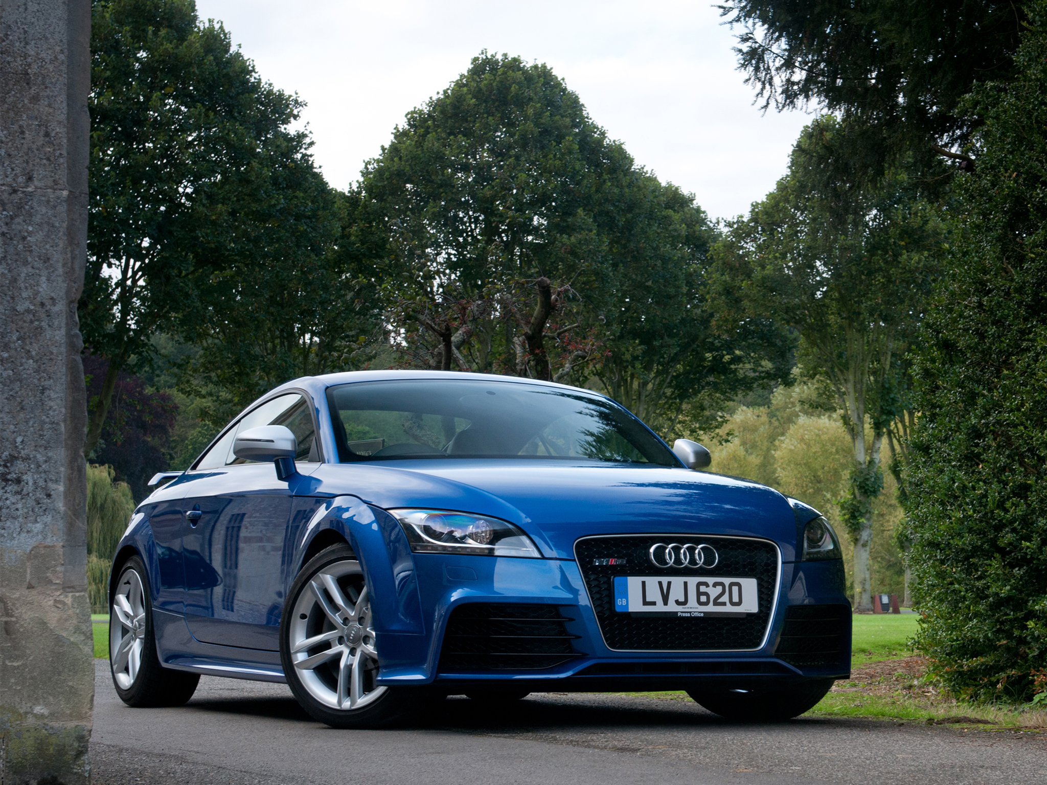 Audi TT RS plus Coupe UK-spec Wallpapers | Cool Cars Wallpaper