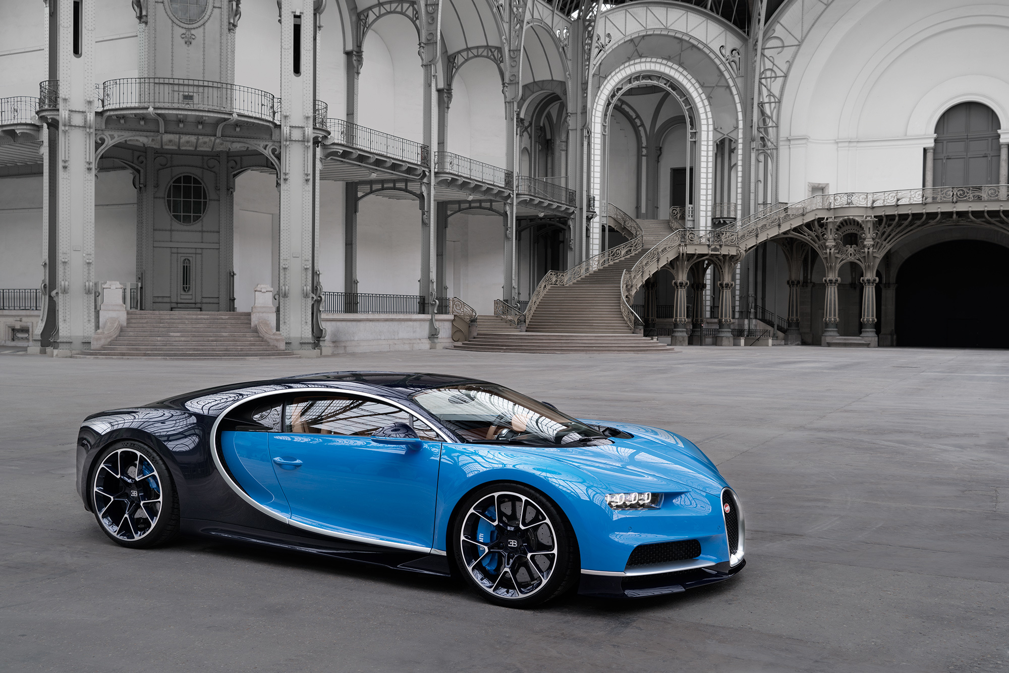 Download Bugatti Chiron 2017 Hd Wallpapers Download 2000x1334 79