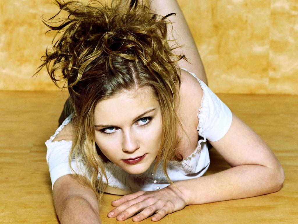 hollywood actress wallpapers hot Click And See Hollywood 1024x768
