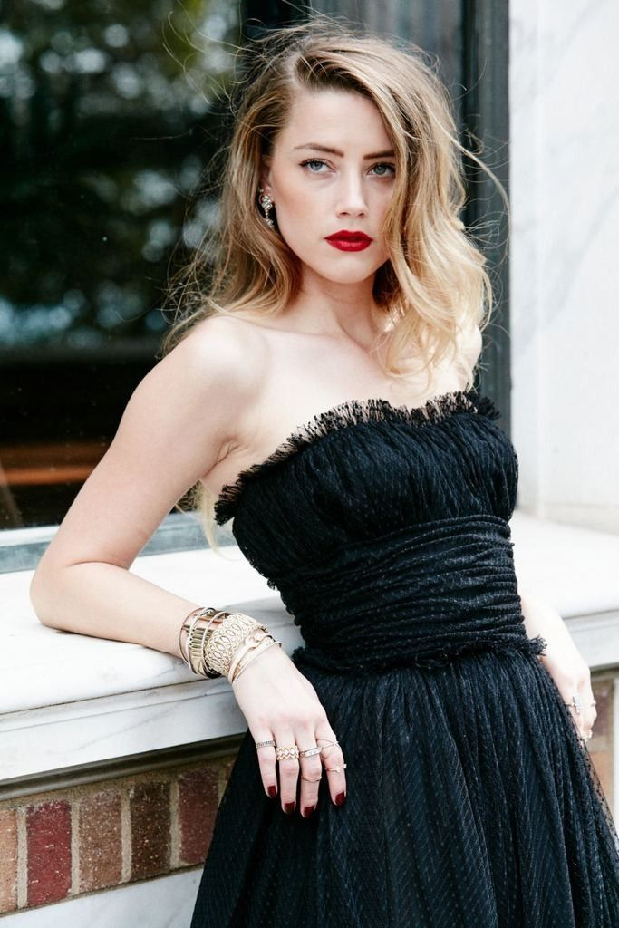 Pin by Afri D on Holly Ladies in 2019 Amber heard Amber heard 683x1024