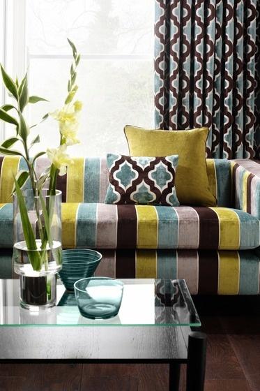 Crown Wallpaper Fabrics Toronto Fabric Pinterest 373x560