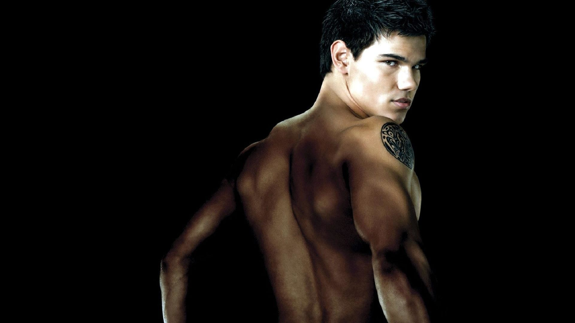 Taylor Lautner Shirtless Wallpaper 61 images 1920x1080