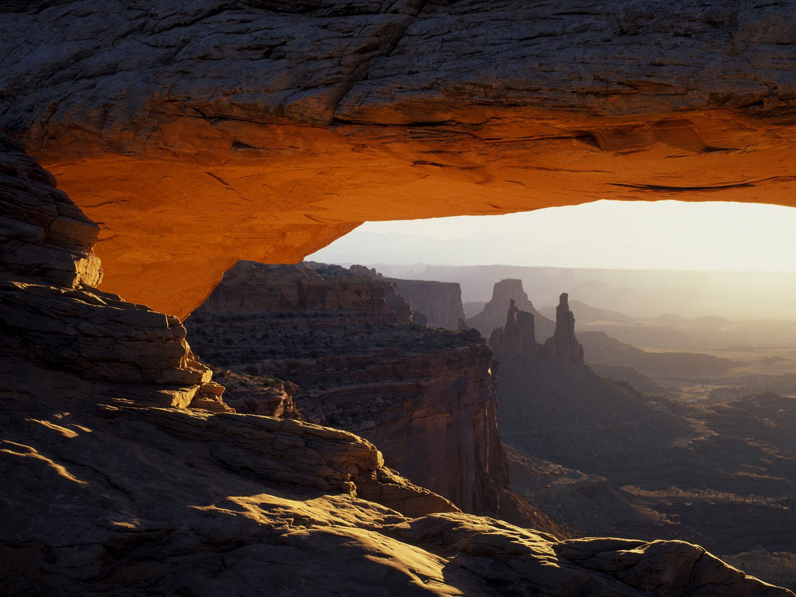 Landscape wallpapers   First Light on Mesa Arch Canyonlands National 1600x1200