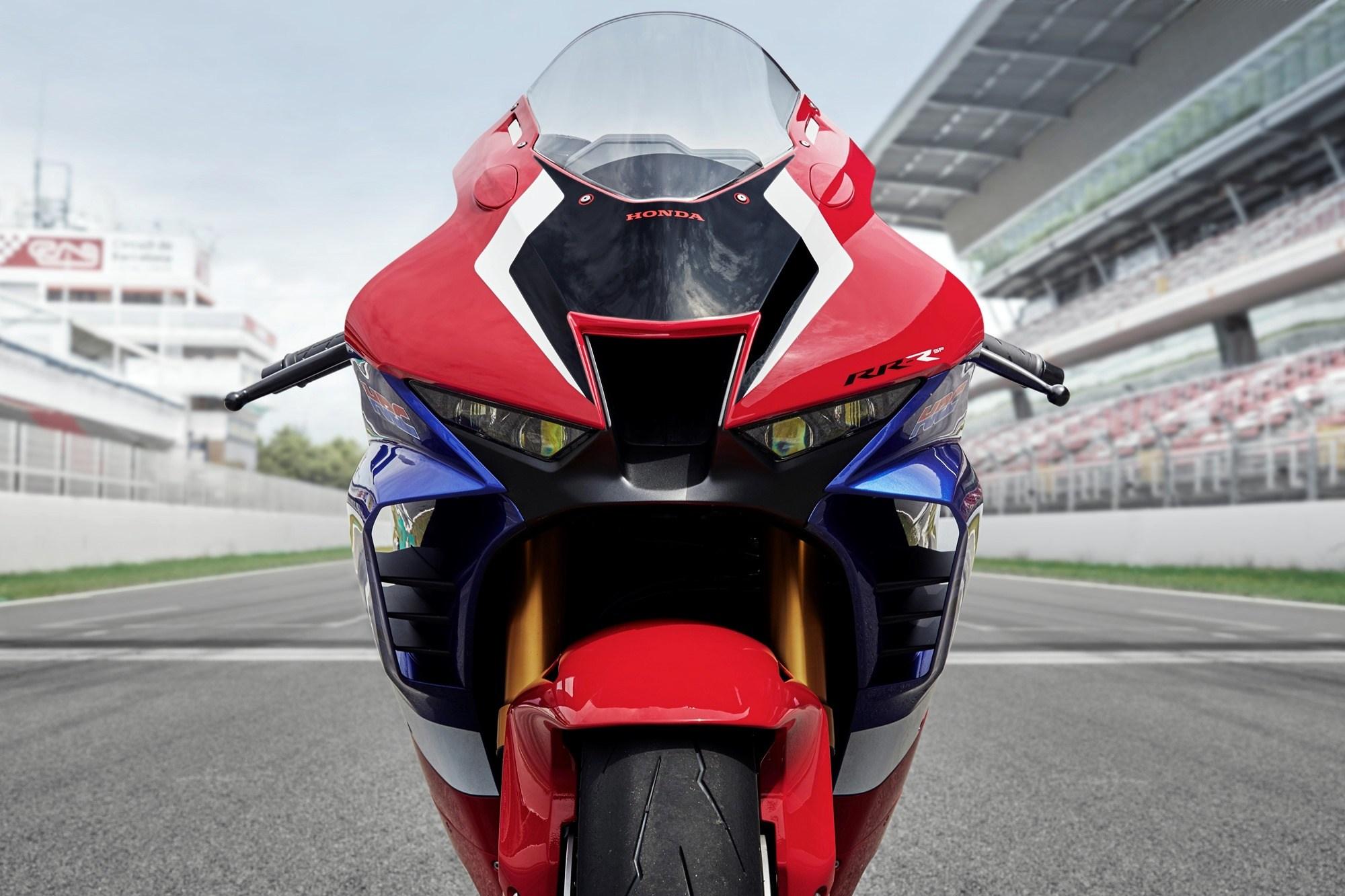 The new 2020 Honda CBR1000RR R Fireblade is here IAMABIKER 2000x1333