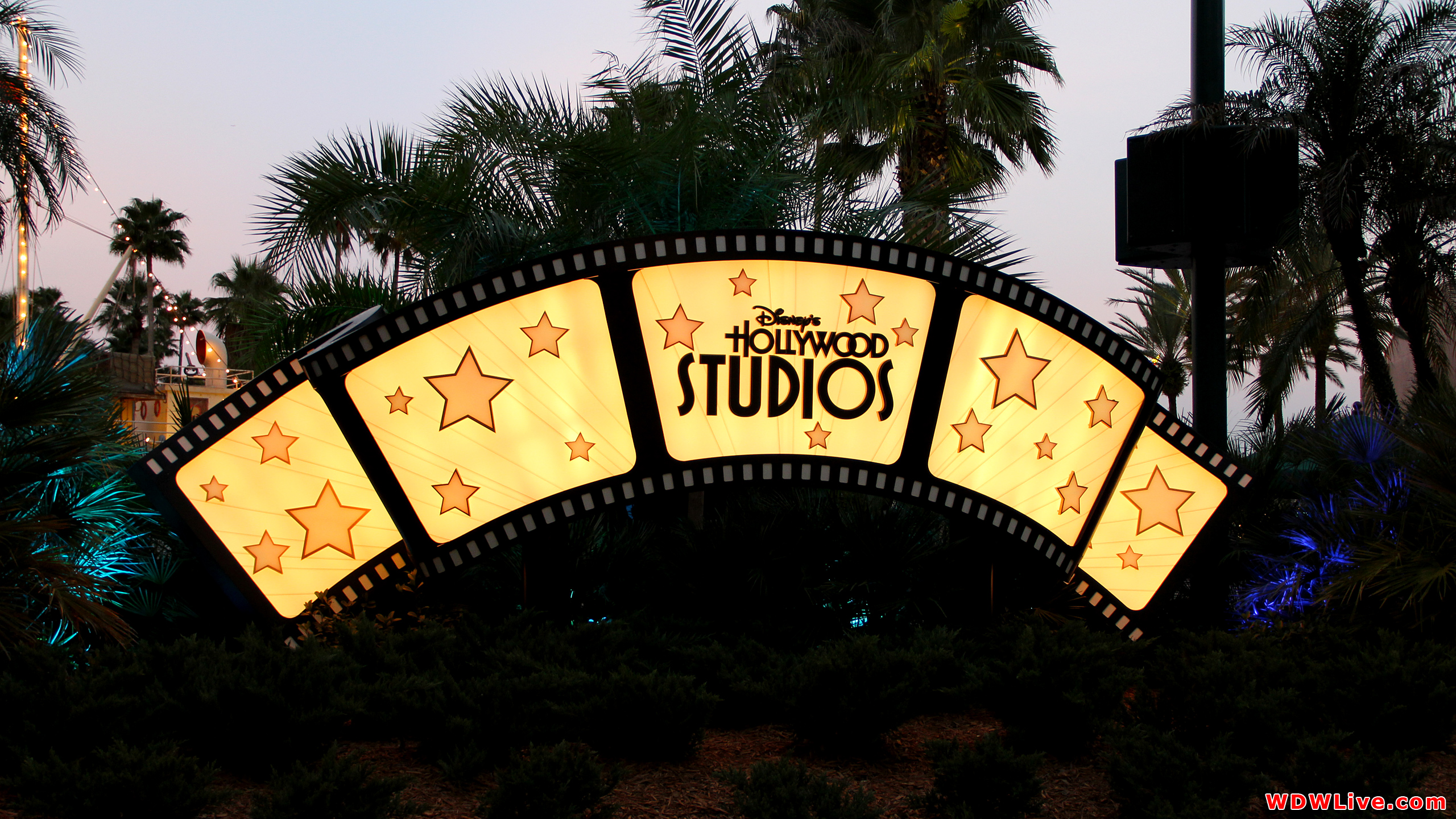Hollywood Studios Wallpaper Hollywood boulevard desktop 2560x1440
