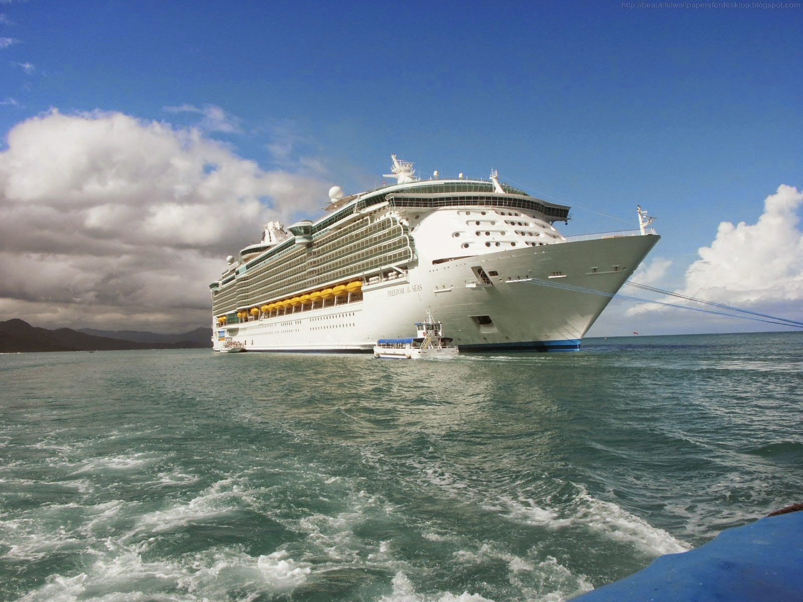 Beautiful Wallpapers Cruise Ship Wallpapers HD 1600x1200