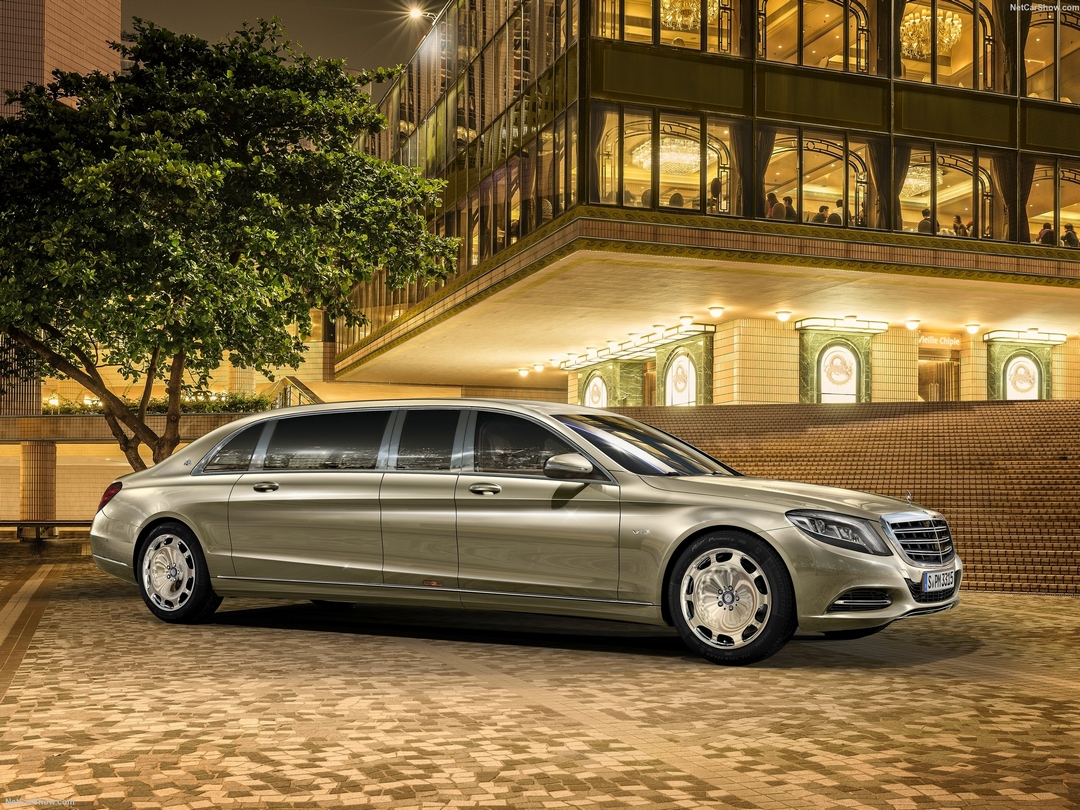 Mercedes S600 Pullman Maybach 1080x810